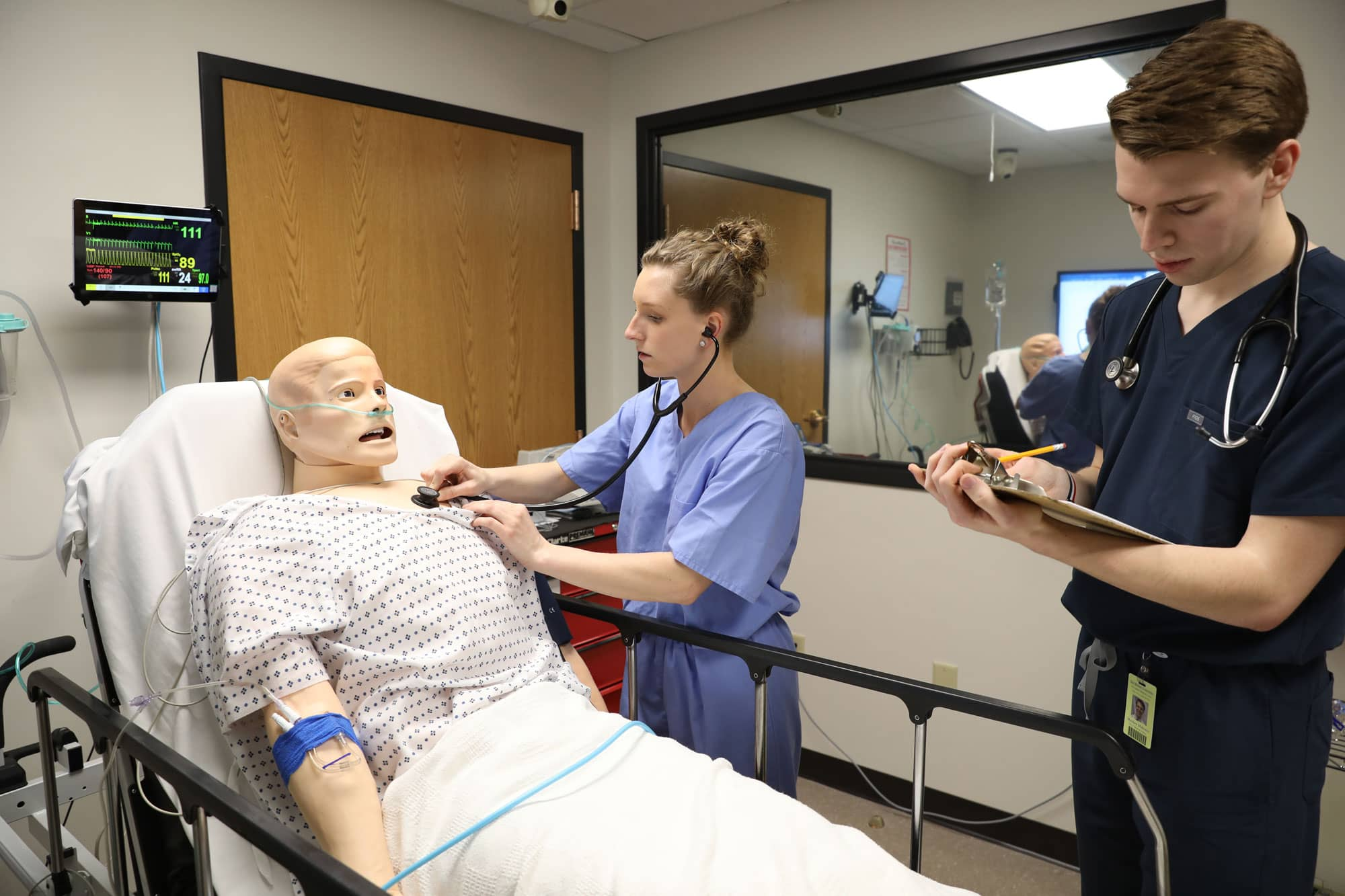 Des Moines University Simulation Lab students