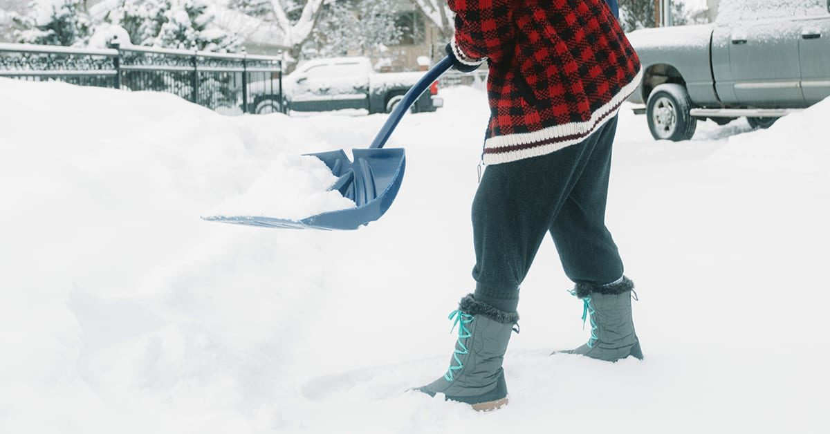 Des Moines University Clinic Health Topics: Ergonomics to prevent snow shoveling injuries