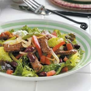 Beef-fajita-salad
