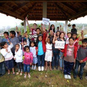 Honduras2014-grouptoothbrushs-750x499