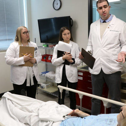 First-year DO, PA, DPM, DPT, MHA and MPH students participate in Interprofessional education in the simulation center involving rural emergency room diabetic fall cases Friday, January 31, 2020. (DMU photo by Brett T. Roseman)